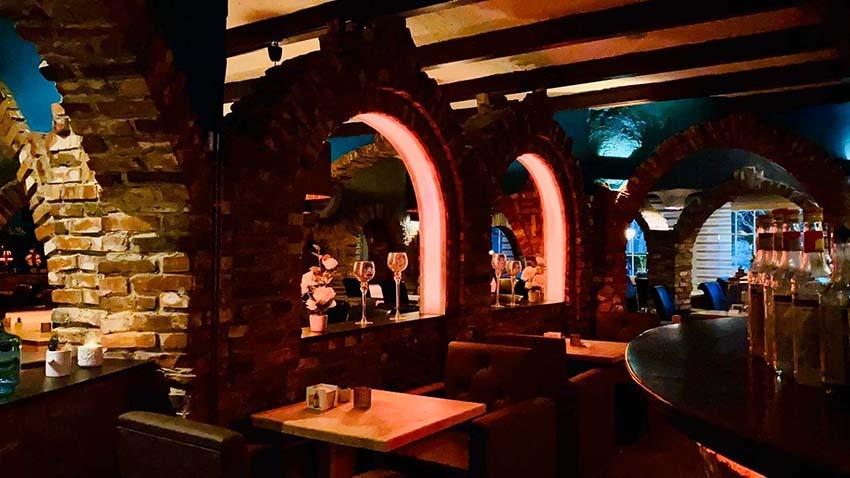 Leckere Burger und frische Cocktails in der Bar Chicago in Vlotho (Nähe Herford)